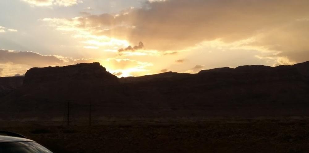 v-pustyne-negev