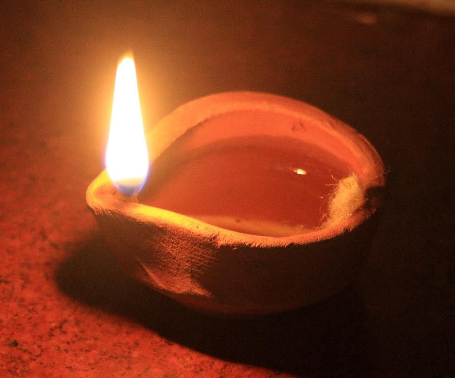 maslyanaya-lampa