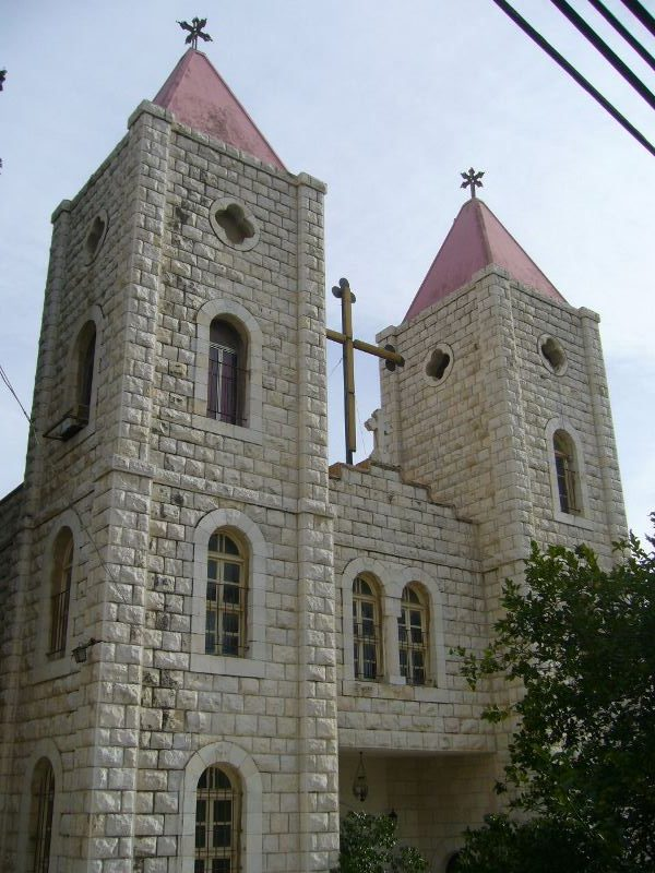 kresty-na-koptskoj-tserkvi-v-nazaret-izrail
