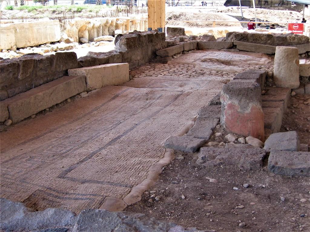 magdala-ruiny-sinagogi